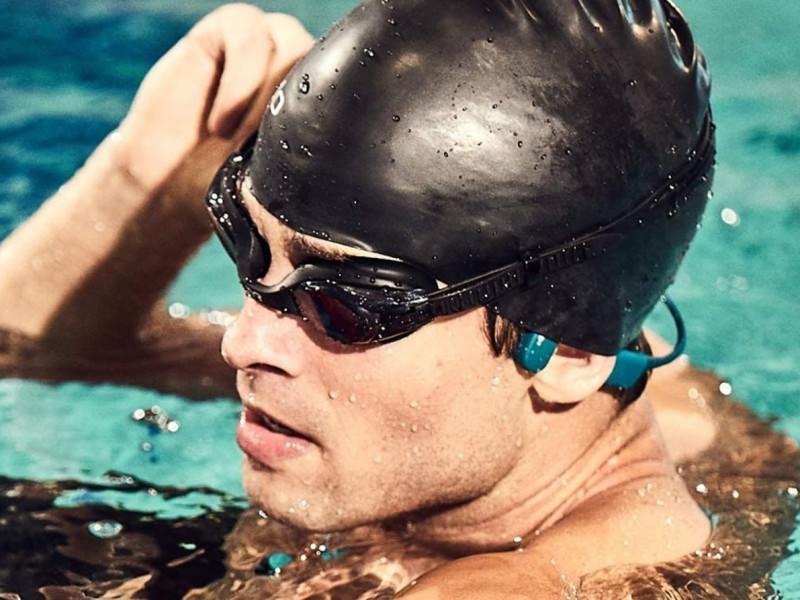 Escucha música mientras practicas natación