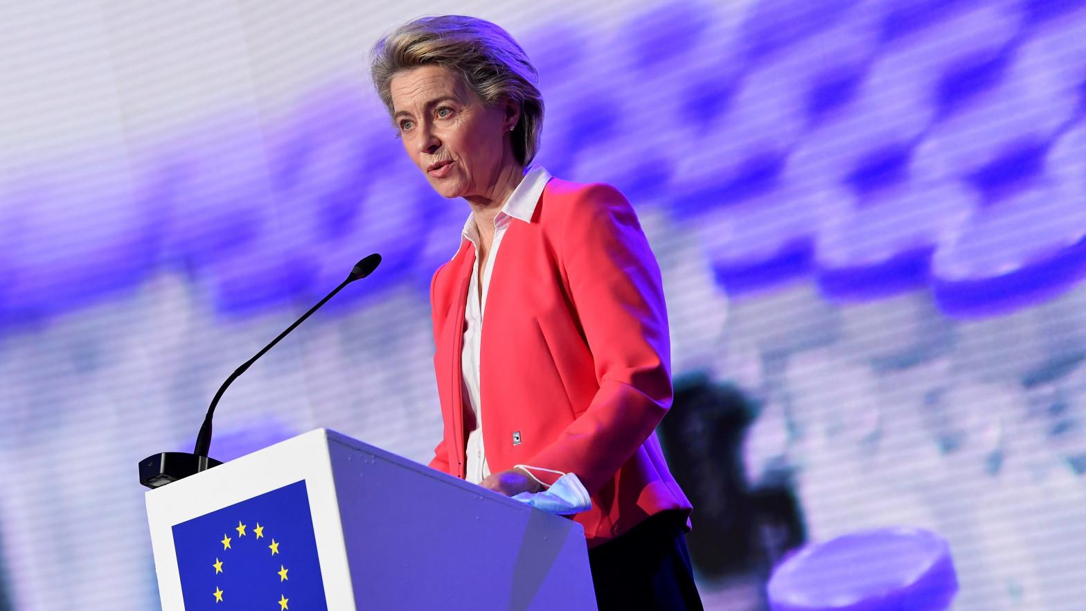 La Comisión Europea anima al Gobierno a publicar el calendario de las reformas del plan enviado a Bruselas