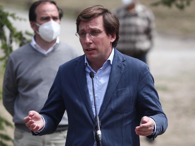 """Almeida tacha a Iglesias de """"hipócrita"""" por dejar el debate cuando """"ha alentado la violencia"""""""