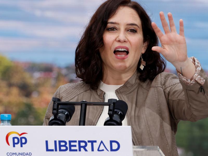 """Ayuso condena las amenazas a Reyes Maroto: """"No tienen sentido en un país en libertad"""""""