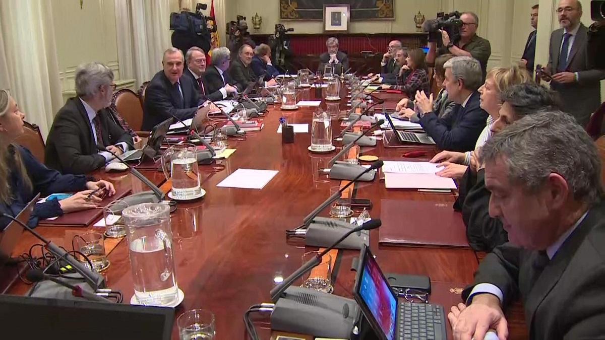 Ocho vocales del CGPJ fuerzan un Pleno Extraordinario para responder a su reforma en el TC y Europa