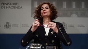 El Gobierno anuncia a Bruselas que cobrará por usar la red de carreteras a partir de 2024
