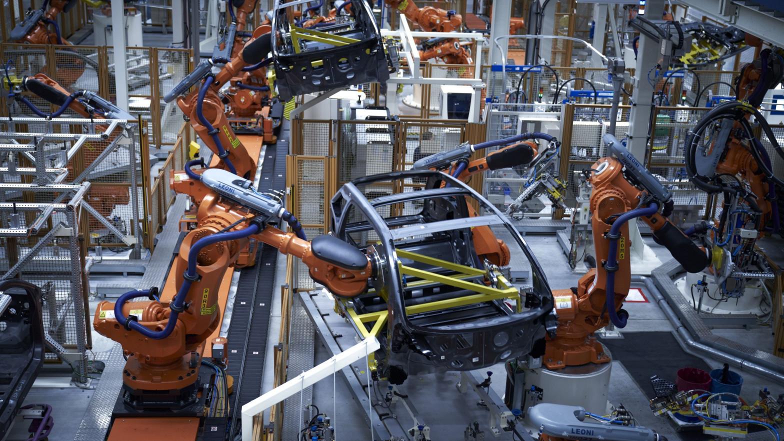 Los precios industriales registran la mayor subida en cuatro años tras escalar un 6,3% en marzo