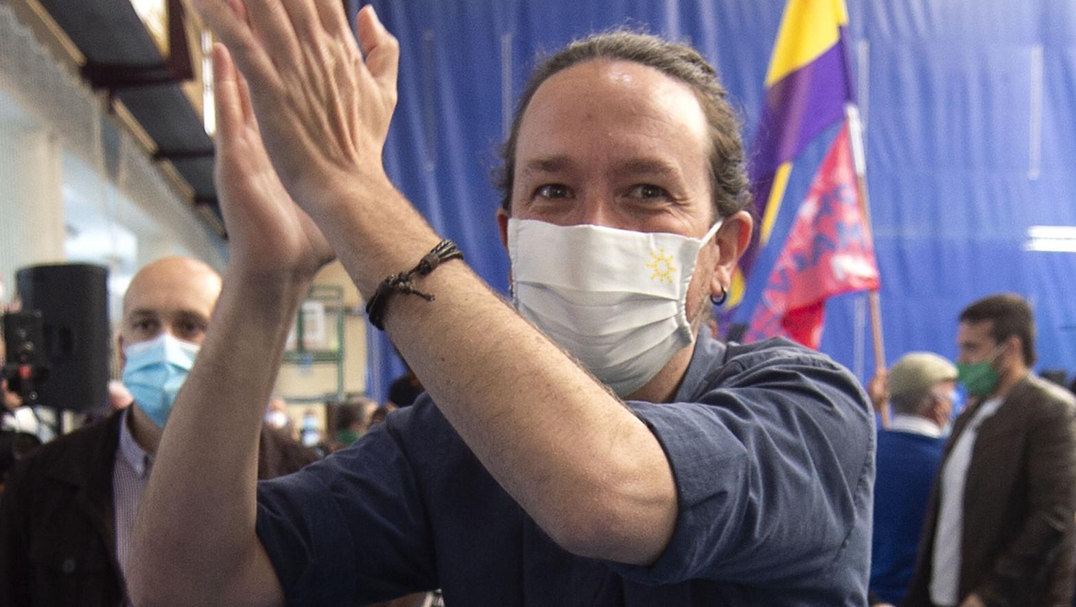 """Iglesias mete a la Corona en campaña y critica que """"no haya condenado la violencia fascista"""""""