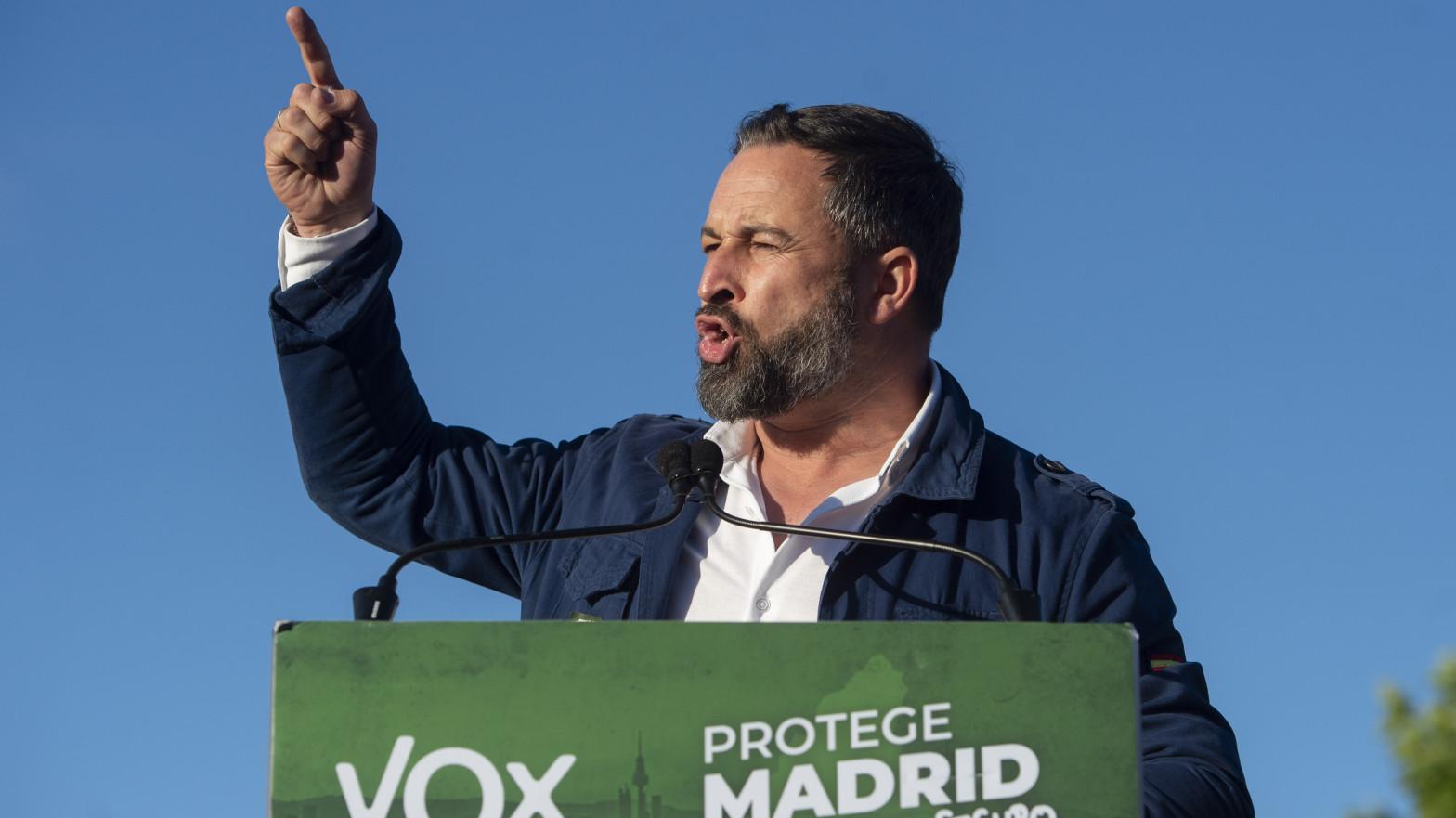 Vox celebra un mitin en zona confinada y defiende que es un derecho político