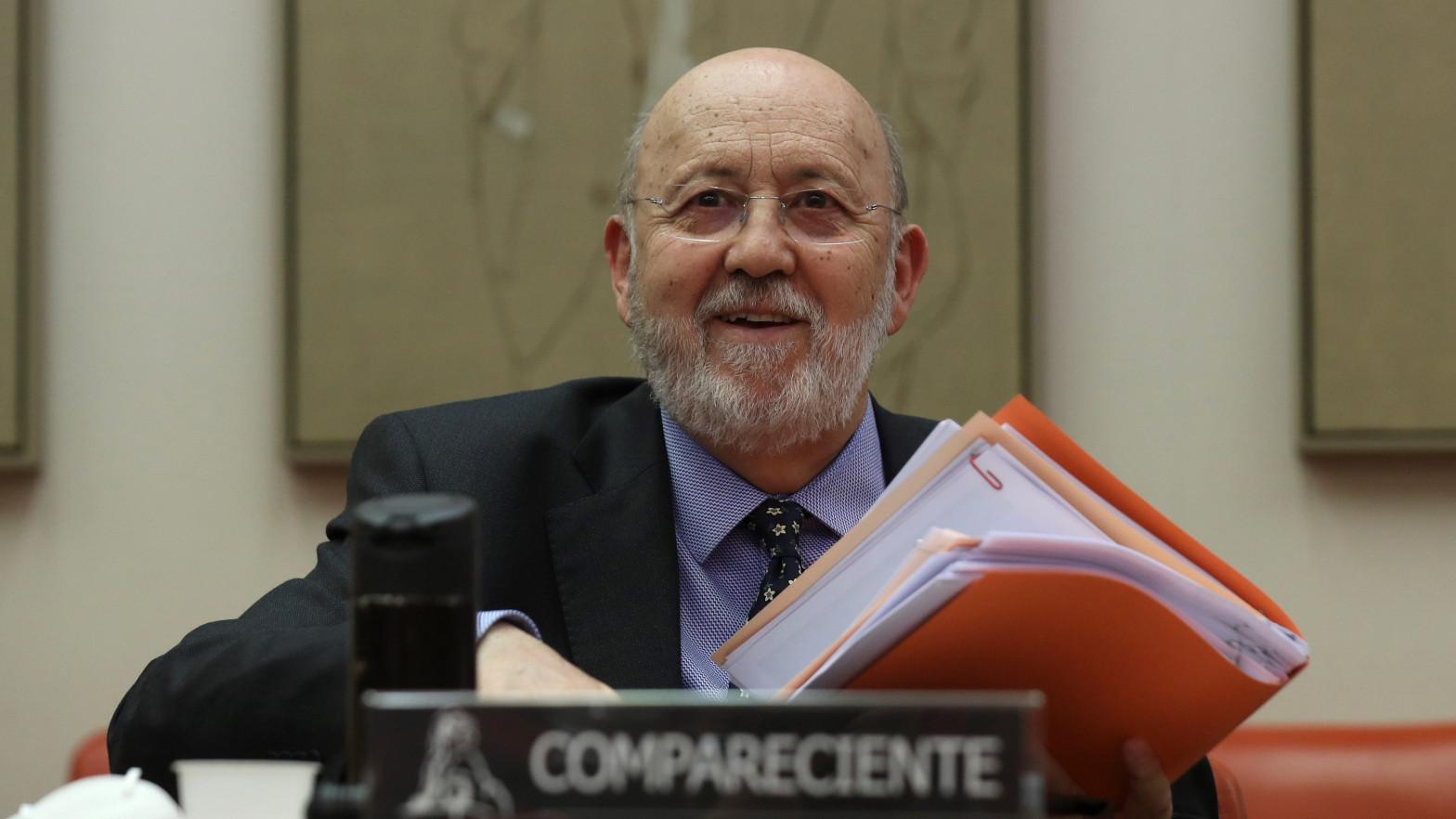 """Tezanos, contra las cuerdas: """"Si sigue al frente del CIS, Errejón 'sorpasará' al PSOE en las generales"""""""