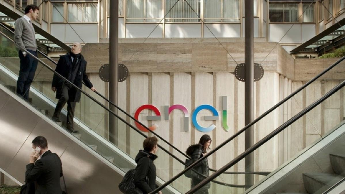 Enel sale de Open Fiber tras vender un 10% al Gobierno italiano y otro 40% al fondo Macquarie