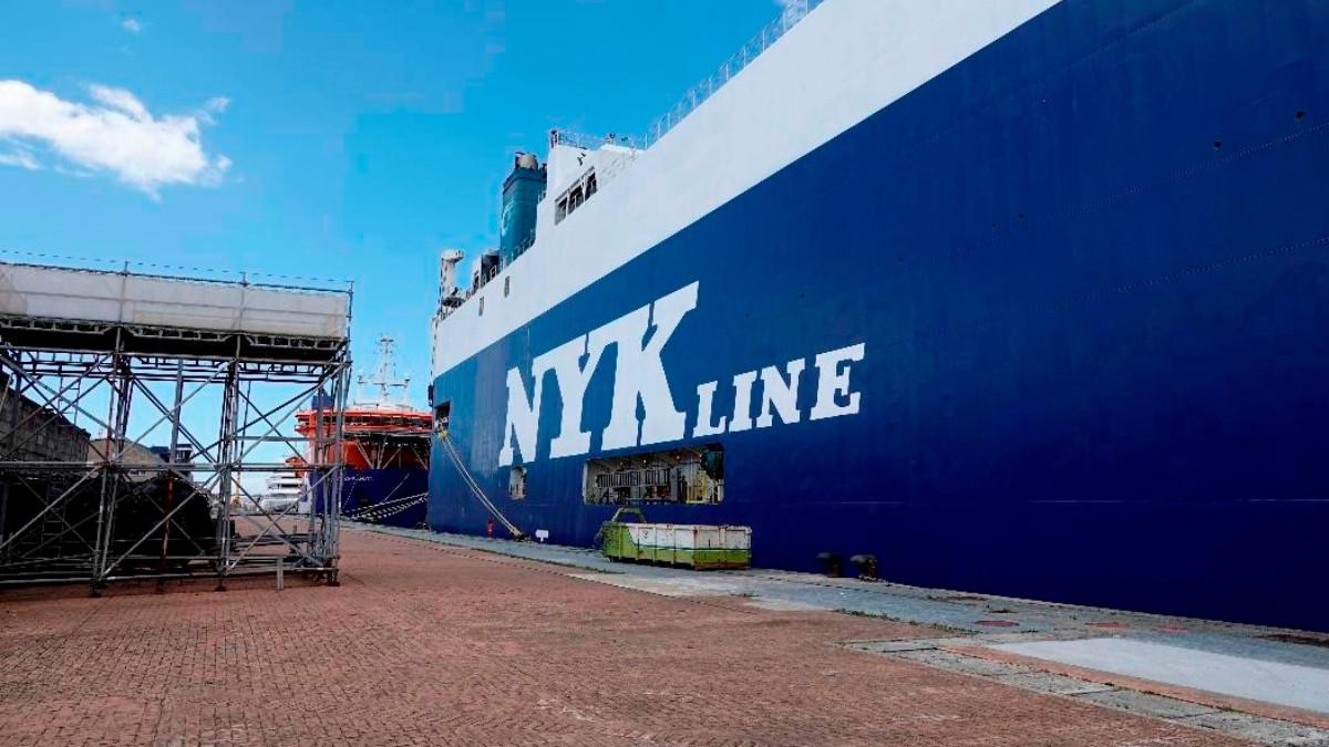 Ingresado un tercer marinero del barco atracado en Vigo con un brote de la variante india