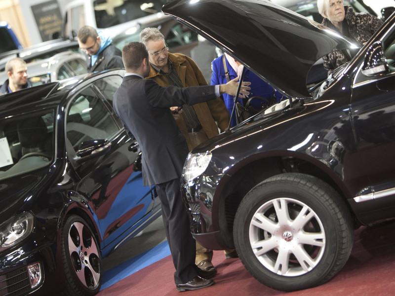 Los españoles compramos coches de segunda mano con casi 90.000 kilómetros de media