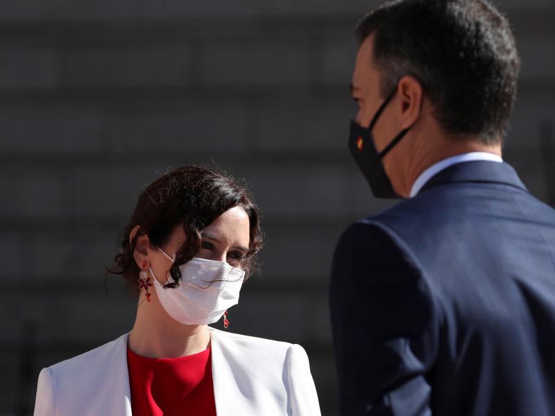 """El Gobierno asegura a Bruselas que luchará contra la """"competencia fiscal perjudicial"""" de Madrid"""