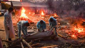 La segunda ola, imparable en la India con nuevo récord de casos y muertes por covid