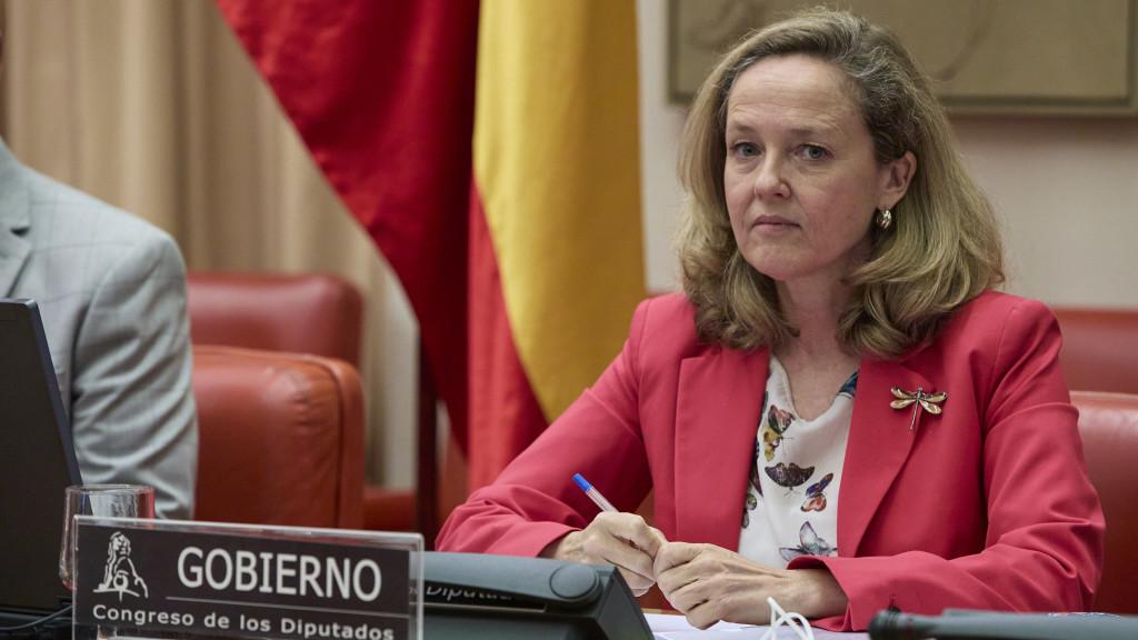 Nadia Calviño, durante la presentación del Plan de Recuperación remitido a Bruselas, que incluye reformas y subidas de impuestos.
