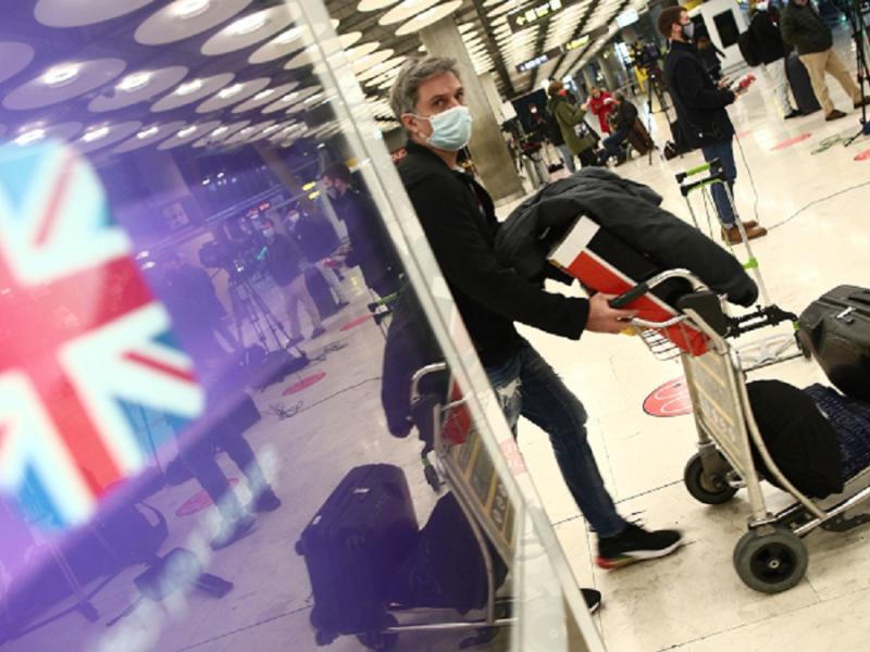 Reino Unido deja a España fuera de la lista de países seguros para viajar y da un golpe al turismo