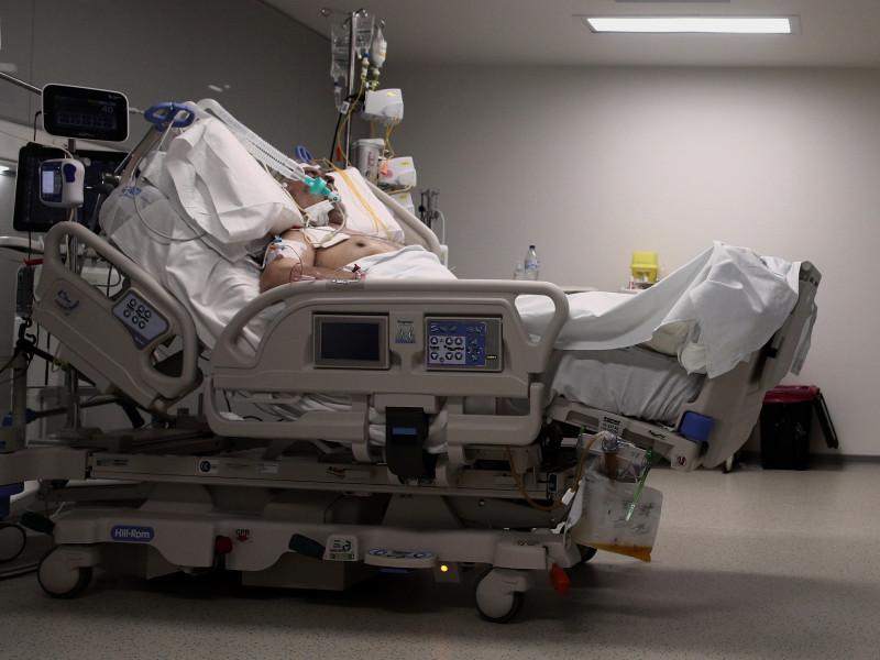 Las muertes por coronavirus en Madrid suben a 19 pero bajan los contagios a 2.074
