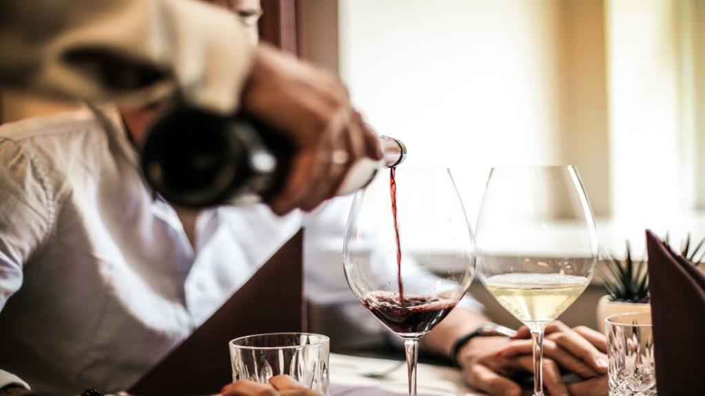 alcohol engordar beber vino cerveza