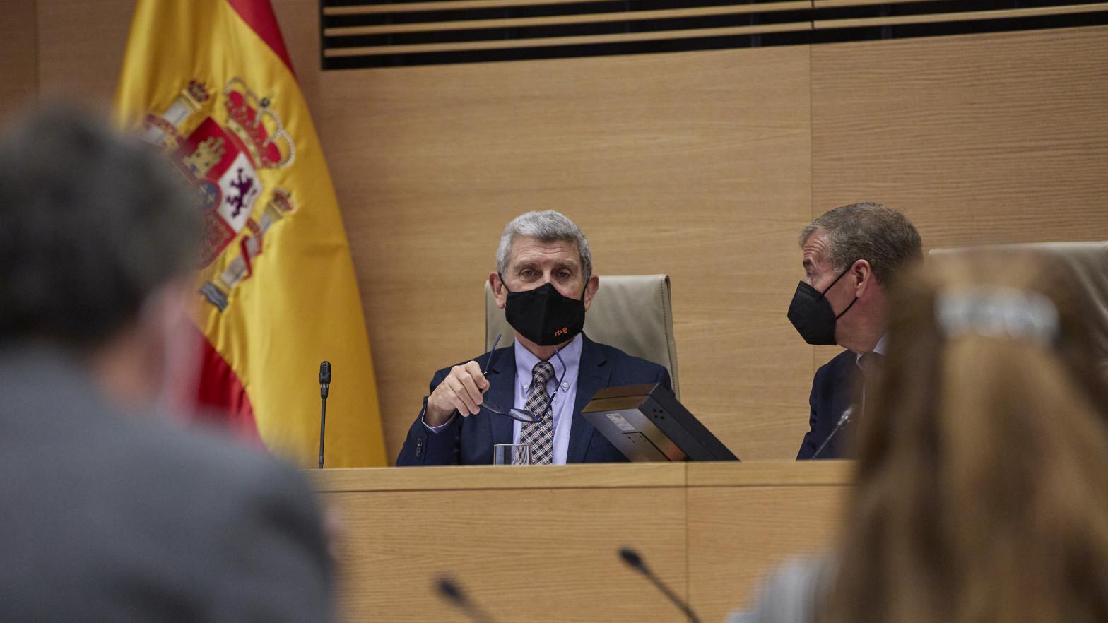 El Parlamento pide recuperar los toros en TVE con la abstención del PSOE