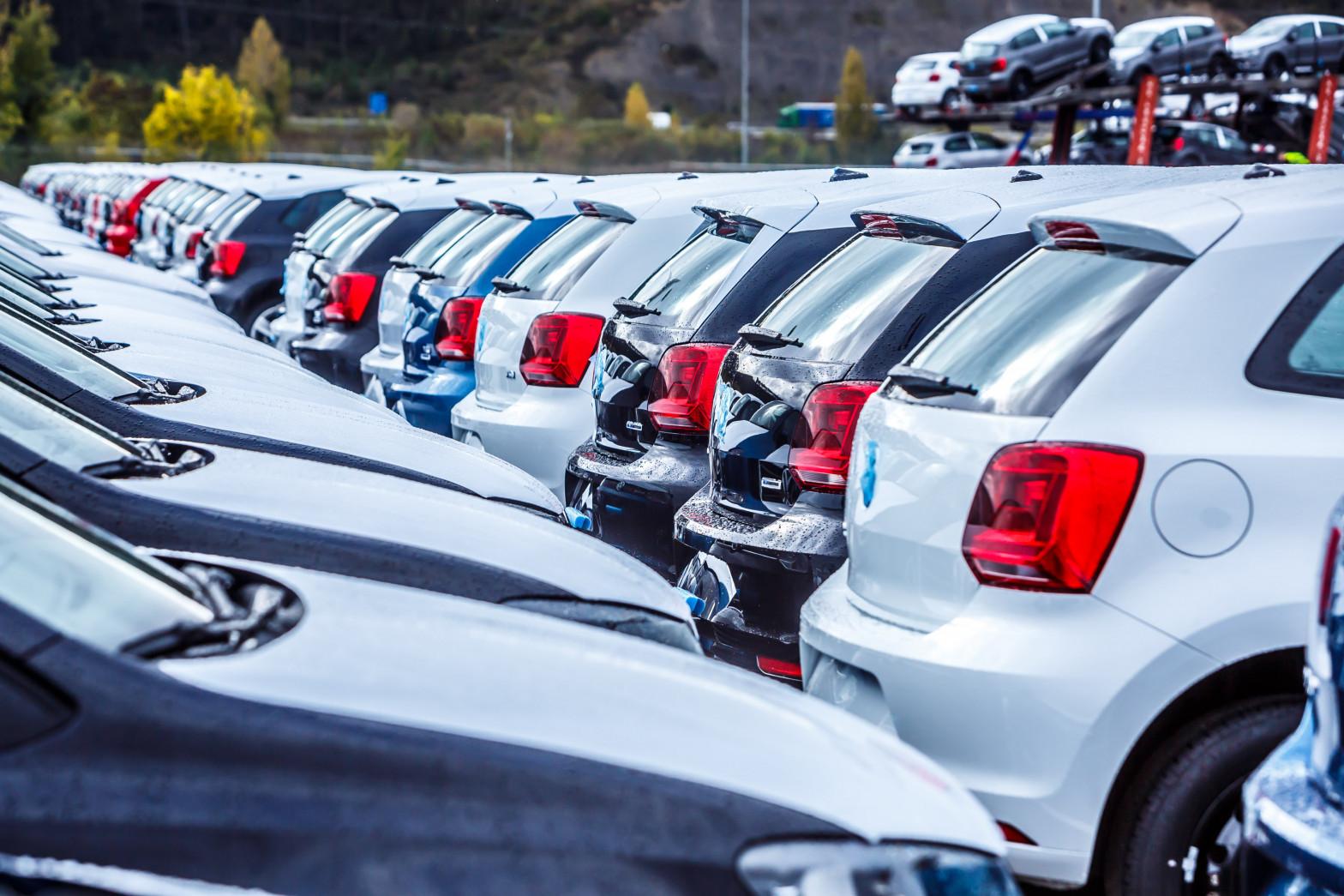 El Estado recauda al año más de mil euros por automóvil en impuestos