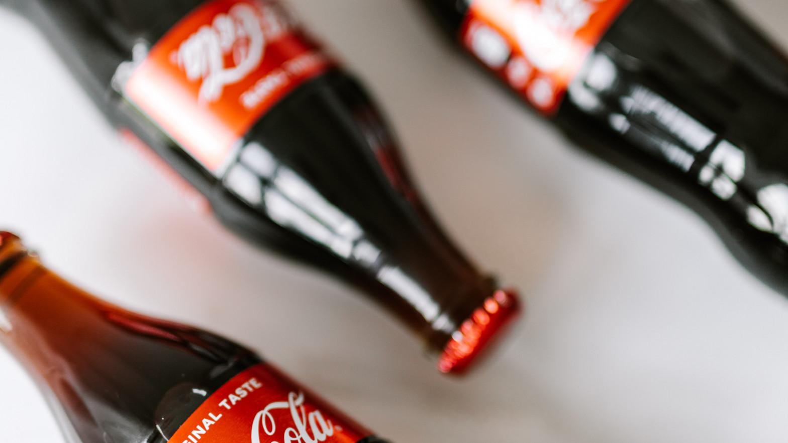 Coca-Cola redujo sus ingresos en Iberia un 20,5% en el primer trimestre