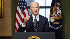 """Biden señala """"cierta responsabilidad"""" de Rusia en el ataque informático al oleoducto Colonial"""