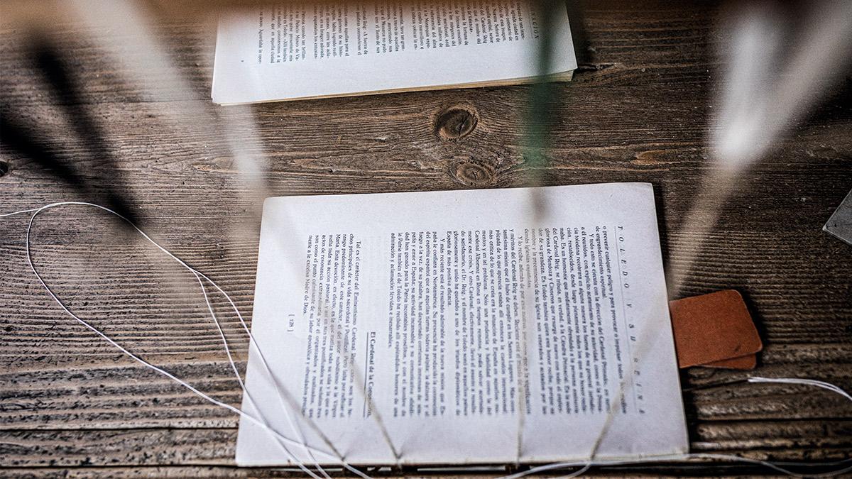 La tradición del papel: un siglo practicando y transmitiendo el arte de encuadernar