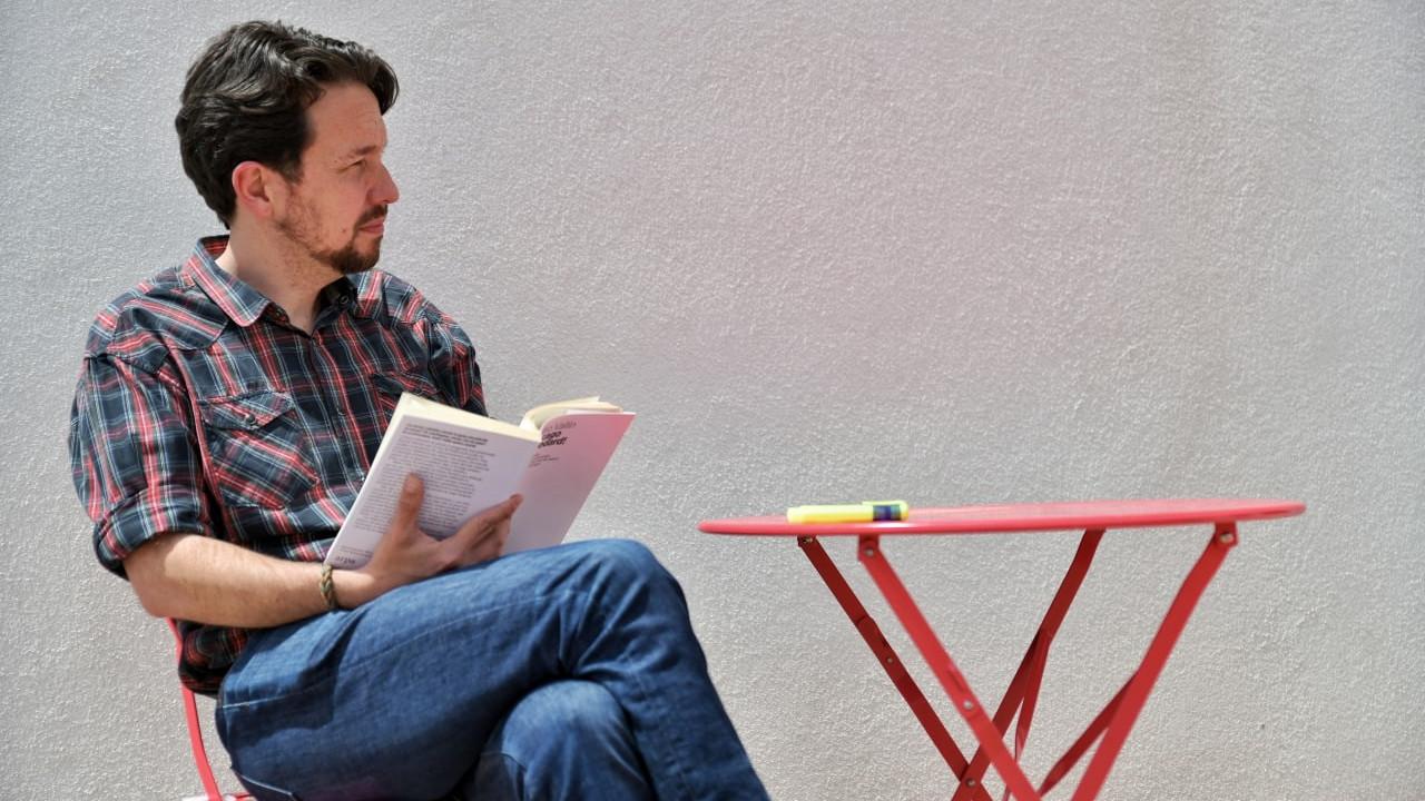 Cuando Pablo Iglesias convirtió su corte de pelo en portada de los periódicos
