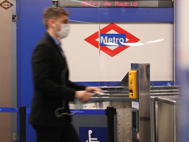 Los usuarios de transporte público suben un 31,6% en marzo, el primer aumento desde el inicio de la pandemia