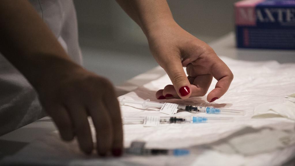 EEUU anuncia por primera vez la exportación de vacunas covid autorizadas para su uso interno