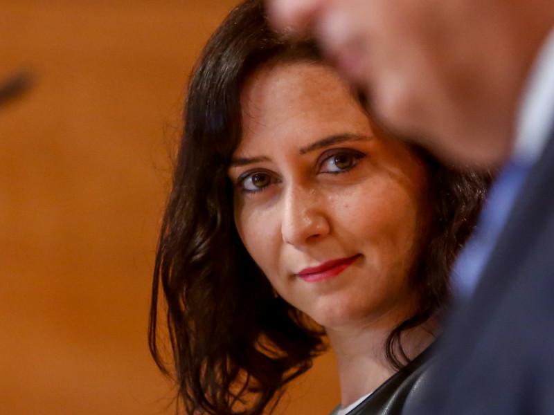 Tezanos incluye a Ayuso entre los candidatos a presidir el Gobierno y supera a Yolanda Díaz