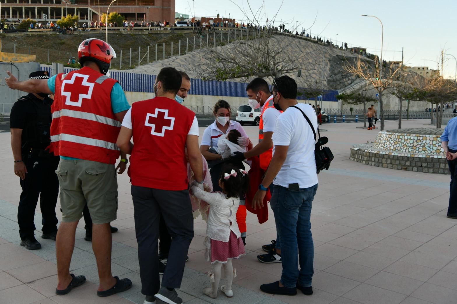 """CSIF critica el """"insuficiente"""" número de efectivos de Policía y Guardia Civil enviados a Ceuta"""