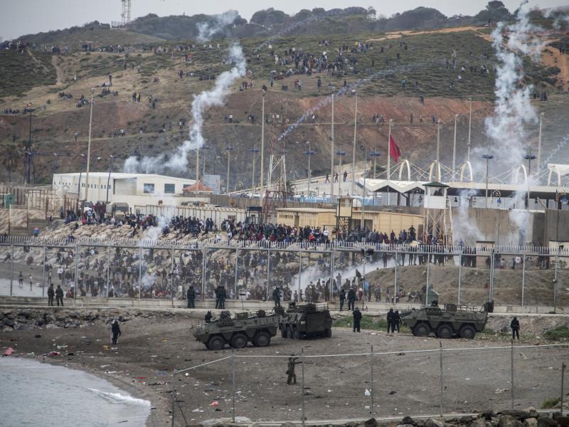 Frontera entre Marruecos y la ciudad autónoma de Ceuta