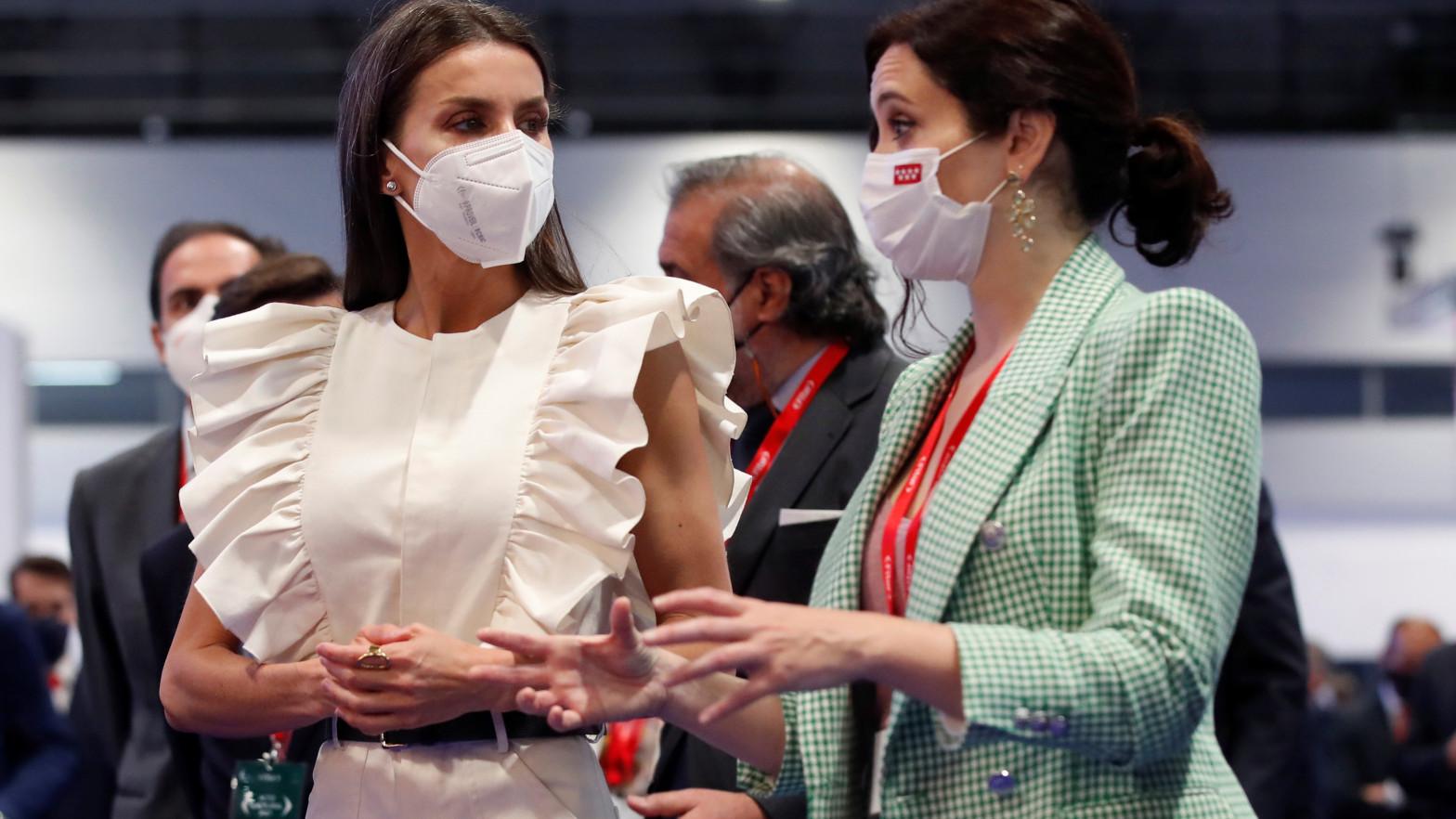 La reina Letizia e Isabel Díaz Ayuso en Fitur 2021
