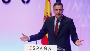 Sánchez estudia 'compensar' los indultos del 1-O con una penalización de los referéndums