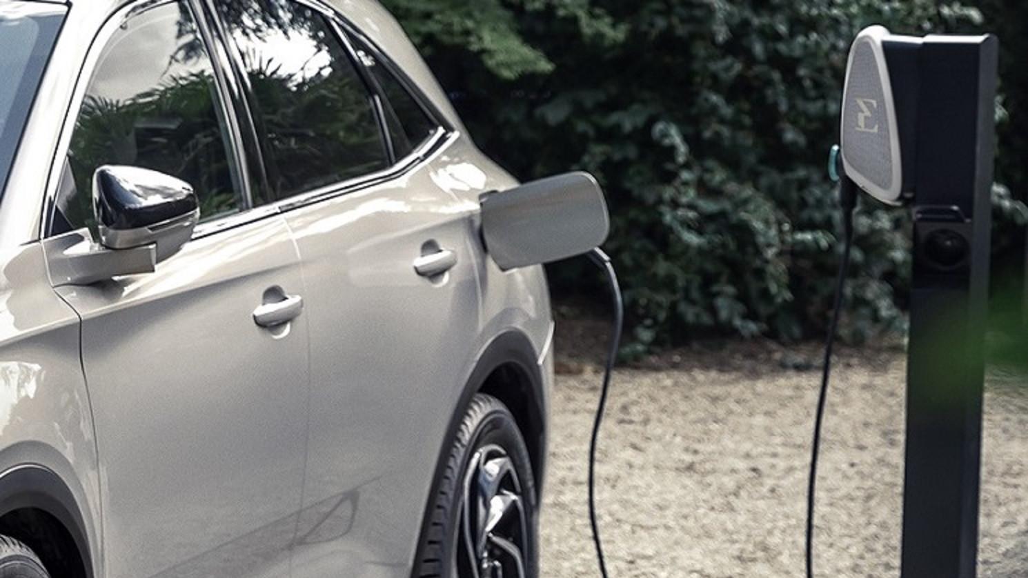 El Congreso de los Diputados destina 1,5 millones para nuevos coches eléctricos