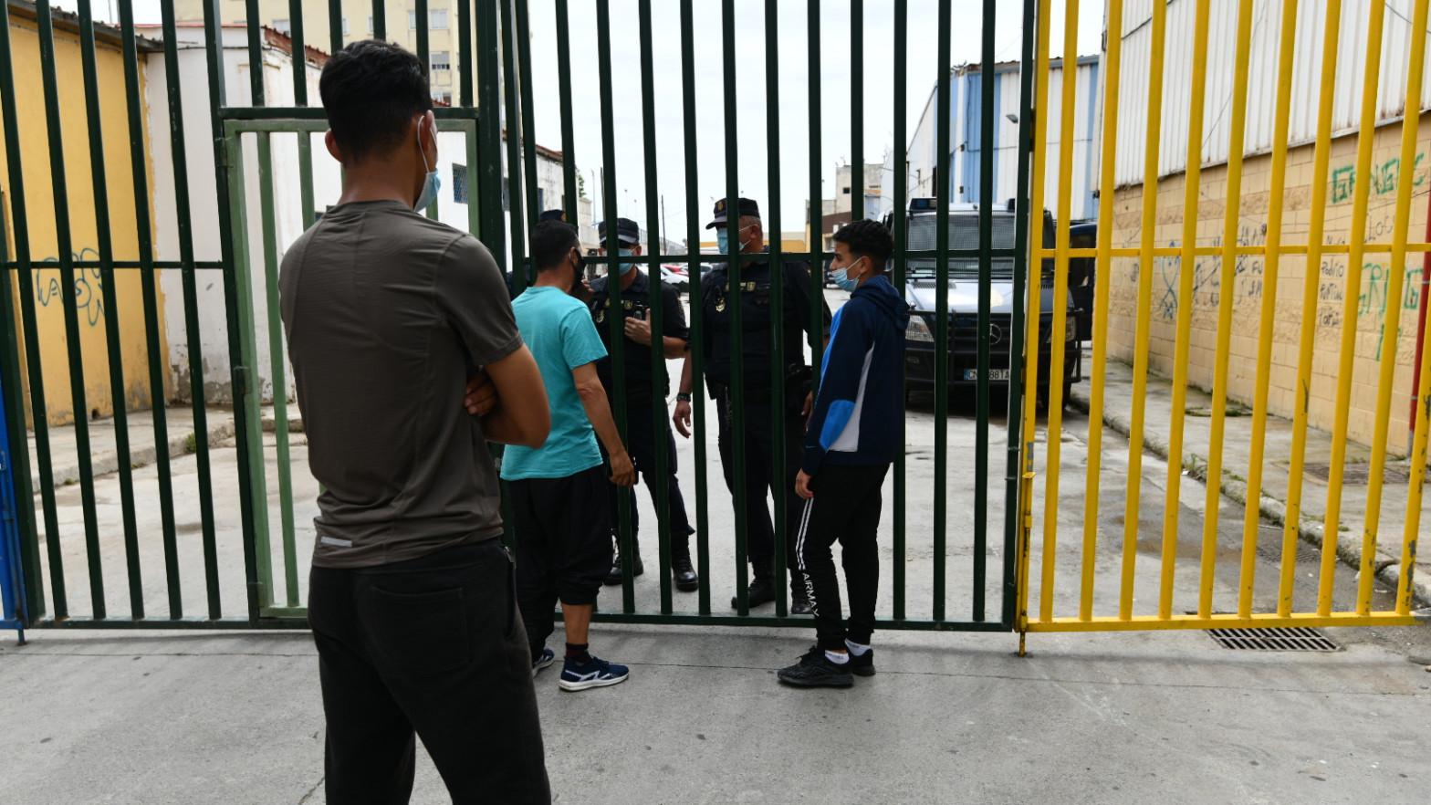La falta de documentación de los menores inmigrantes dificulta los trámites para repatriarlos a Marruecos
