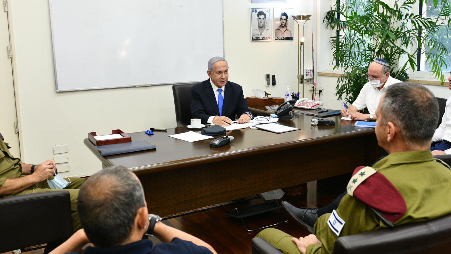 Netanyahu anuncia un relevo en la dirección de los servicios de inteligencia de Israel