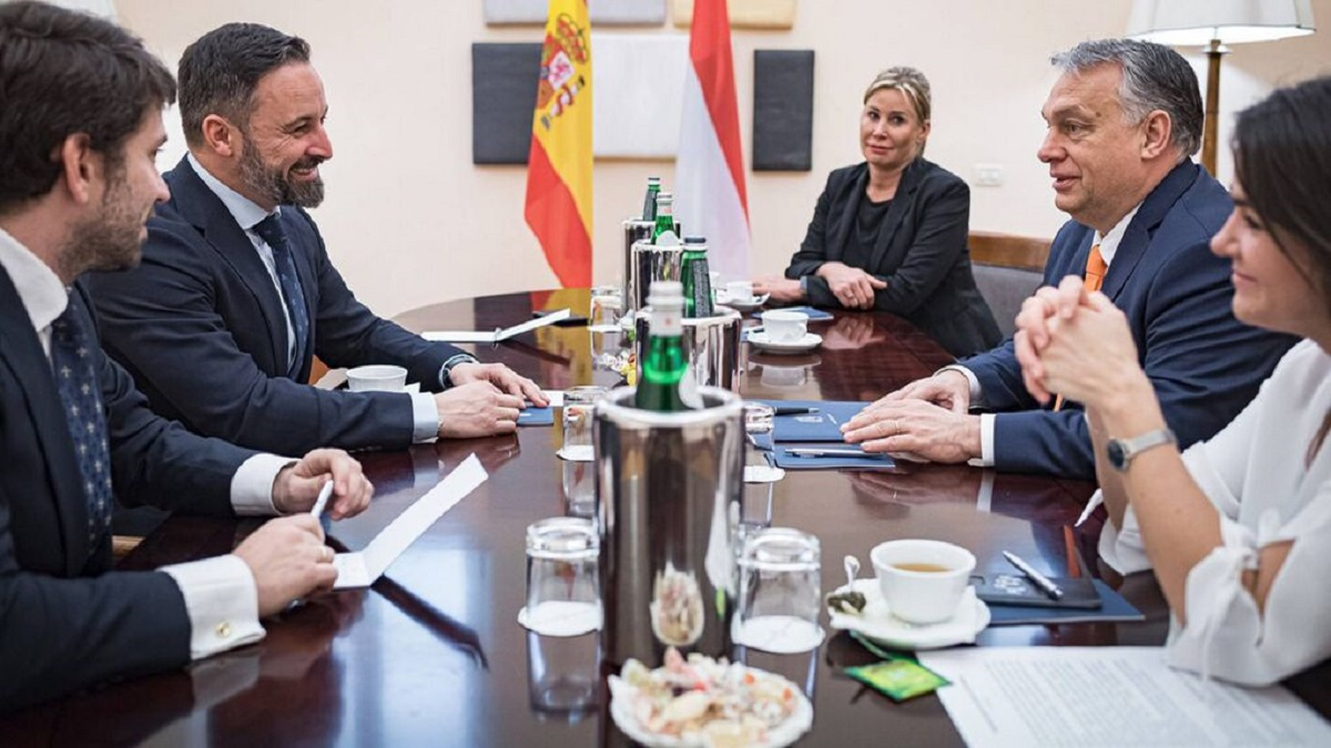 Abascal se reúne con Orban para reforzar su política de defensa de las fronteras
