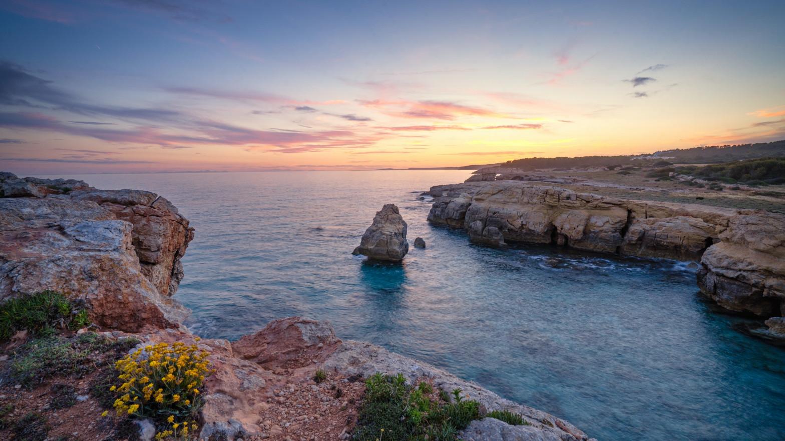 Ocho de cada diez españoles piensan quedarse en España durante el verano