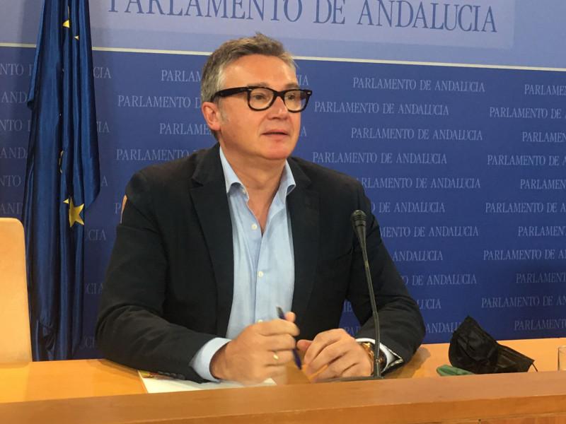Manuel Gavira, portavoz de Vox, este miércoles en rueda de prensa.