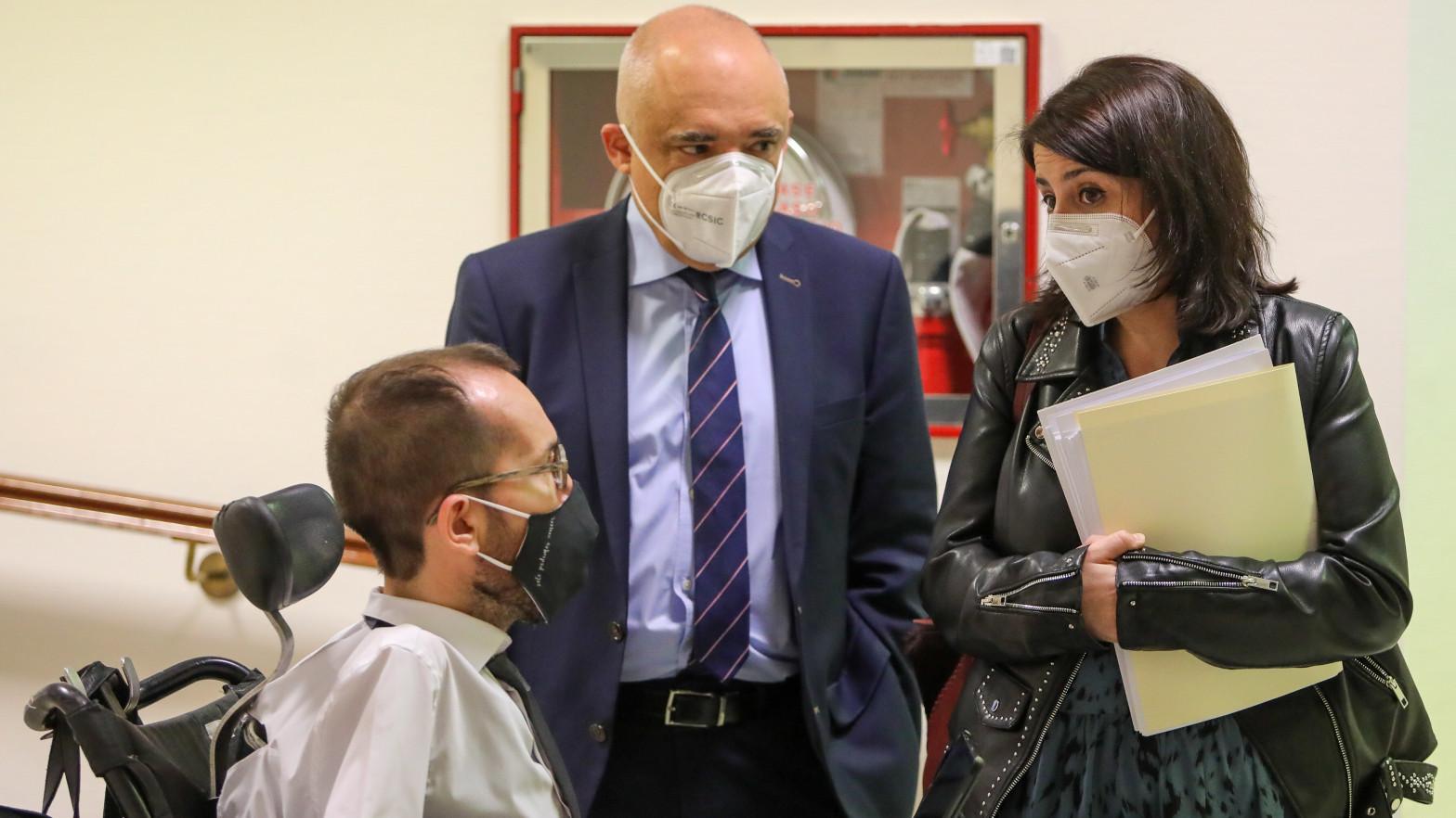 El PSOE se alía con PP, Vox y Ciudadanos para no incluir el referéndum y la amnistía en la mesa sobre Cataluña