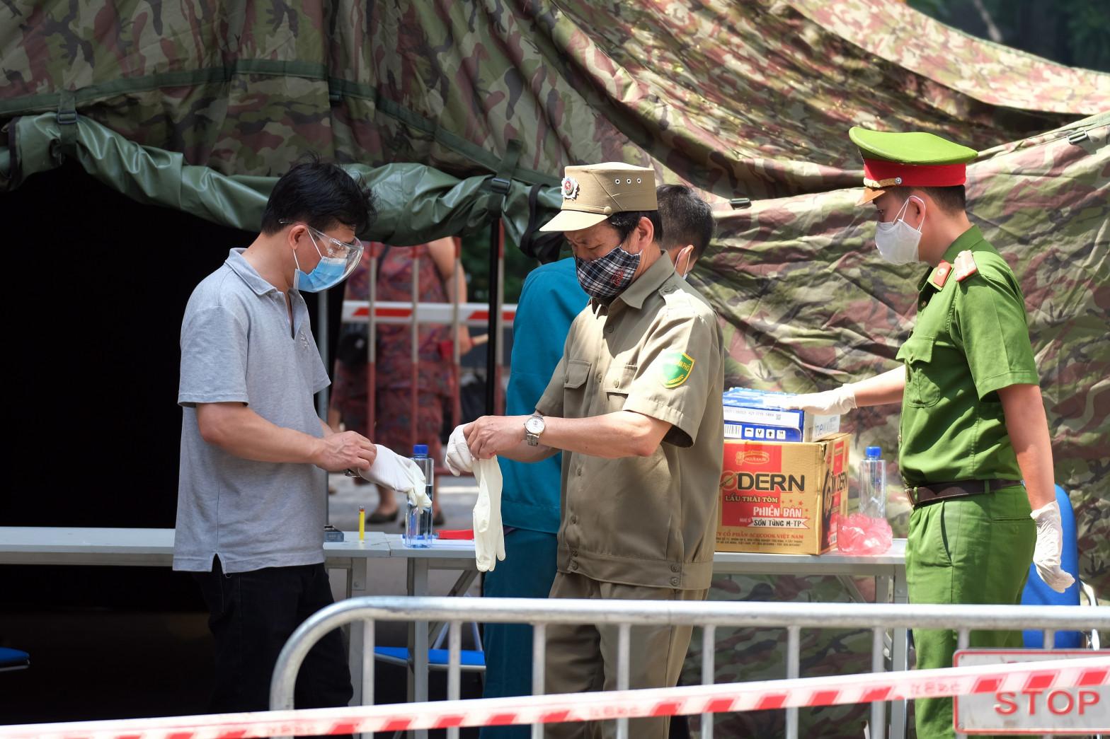 Vietnam detecta una nueva variante híbrida del coronavirus
