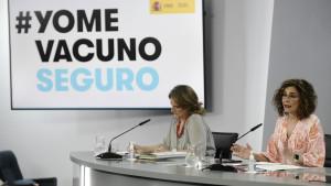 La vicepresidenta cuarta y ministra de Transición Ecológica y Reto Demográfico, Teresa Ribera; y la ministra Portavoz, María Jesús Montero
