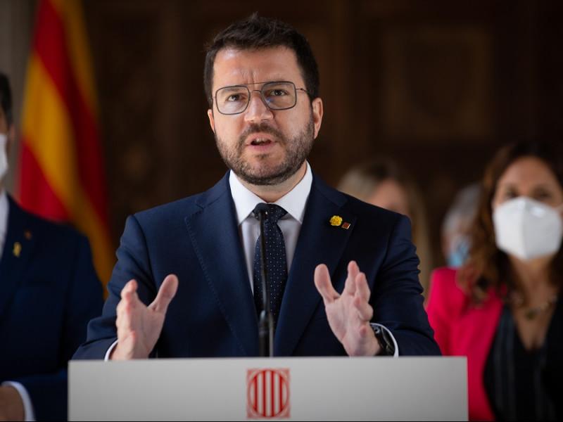 400 cargos de la Generalidad cobran más que Sánchez