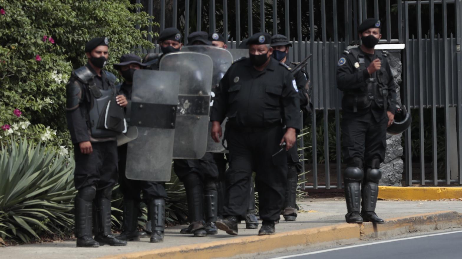 Arrestan en su domicilio a la opositora de Nicaragua por presunto lavado de dinero