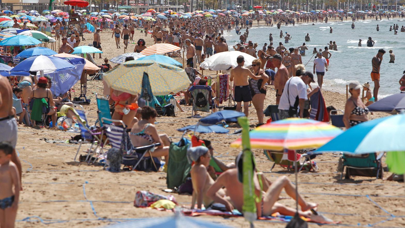 Llega el calor veraniego con temperaturas de más de 40 grados