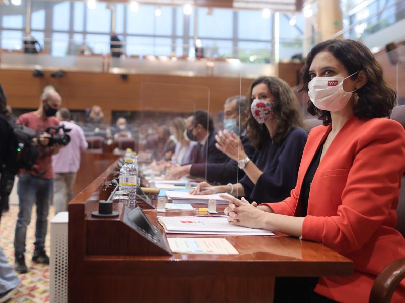 PP pacta con Vox cederle un puesto en la Mesa de la Asamblea y reducir el número de diputados