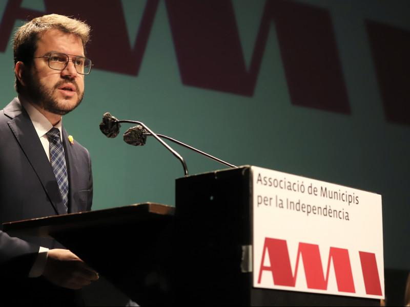 La mitad de alcaldes 'indepes' dejan de pagar la cuota para financiar la secesión