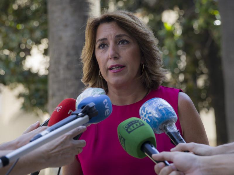 Susana Díaz dice que daría su opinión a Pedro Sánchez sobre los indultos si le consultase