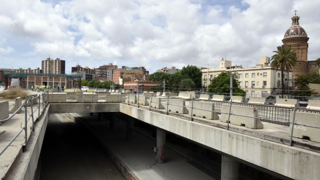 Cataluña: Obras de construcción de la nueva estación subterránea de Sant Andreu Comt, en Barcelona.