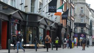Grafton St, en el centro de Dublín, Irlanda.