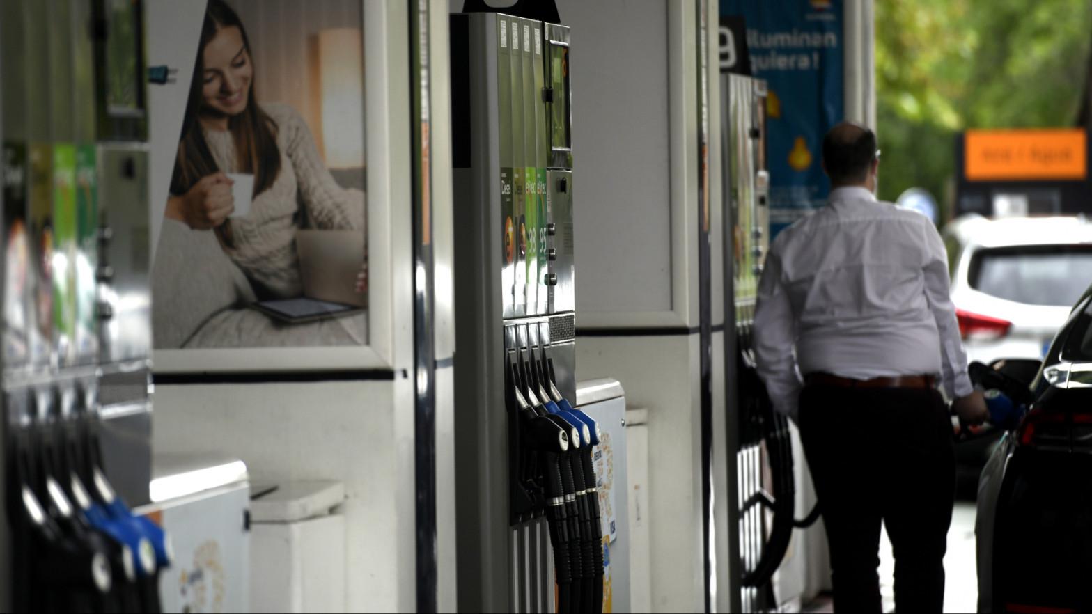 El INE confirma la escalada del IPC de mayo al 2,7%, su mayor tasa en cuatro años, por las gasolinas